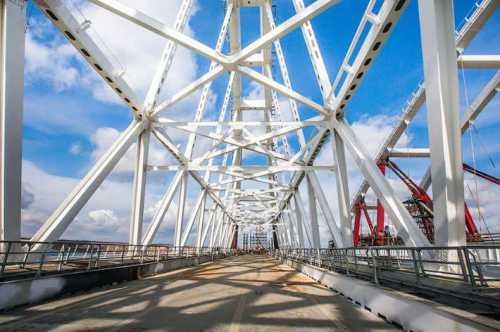 строительство hyperloop в абу-даби начнется в 2019 году
