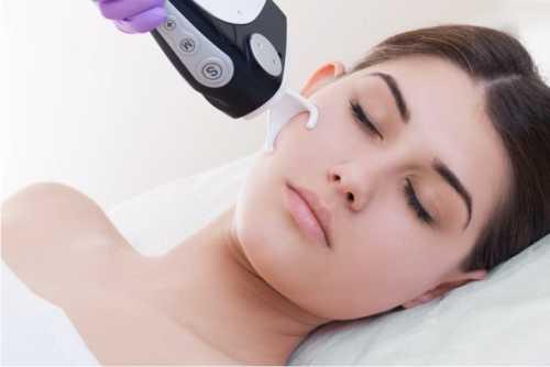 лазерное отбеливание зубов: плюсы и минусы